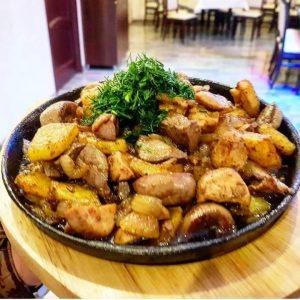 Жаркое из куриного филе с овощами